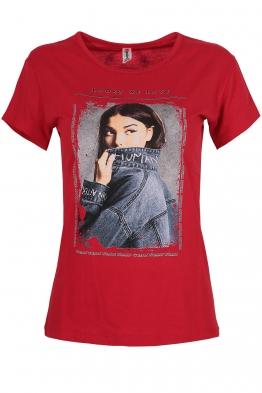 Дамска тениска LOOKS WE LOVE червена