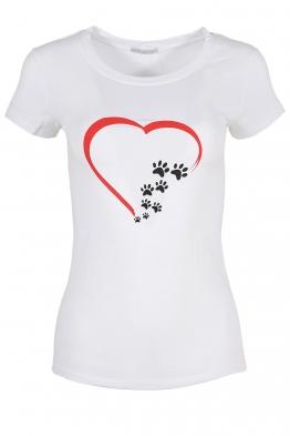 Дамска тениска LOVE IS ME бяла